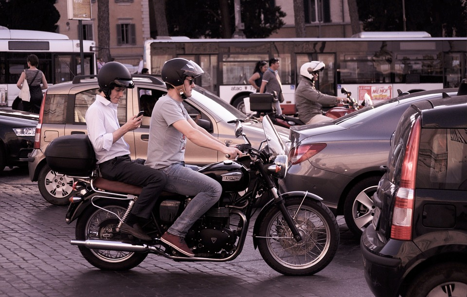 Voyager en taxi moto c'est quelque chose d'agréable