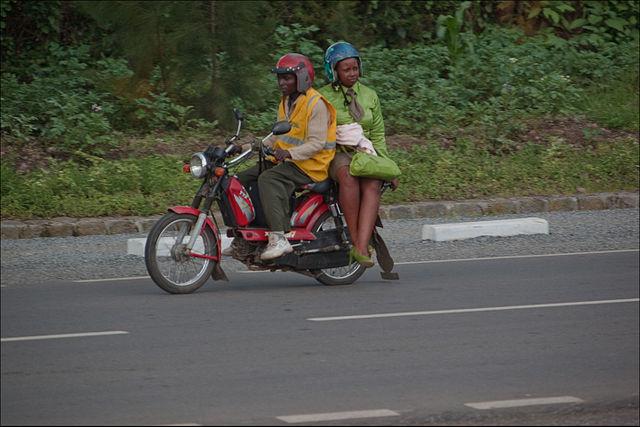 Les avantages d'emprunter le taxi-moto durant un voyage en Indonésie