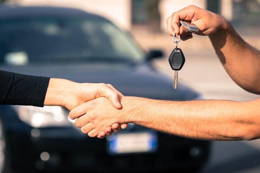 Comment vendre une voiture en leasing ?